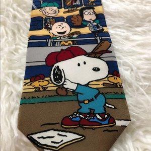 Peanuts Graphic Tie Snoopy Charlie Brown Baseball